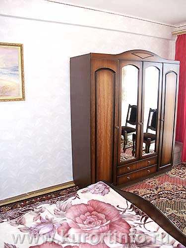 """Номерной фонд санатория  """"Пикет """" г. Кисловодск 2-комнатные 2-местные номера категории  """"Люкс """" ."""
